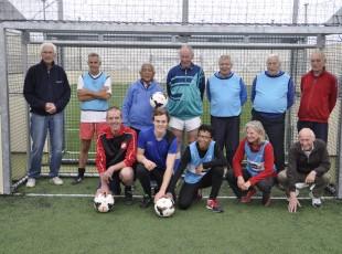 Succesvolle aftrap Walking Football in Zwolle