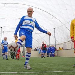 Ruim 100 OldStars genieten van een gezellig potje voetbal