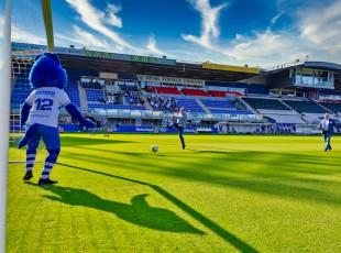 Peter Snijders schiet Clubhuis Regio Zwolle officieel open
