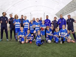 Voetballers met autisme hervinden voetbalplezier bij PEC Zwolle